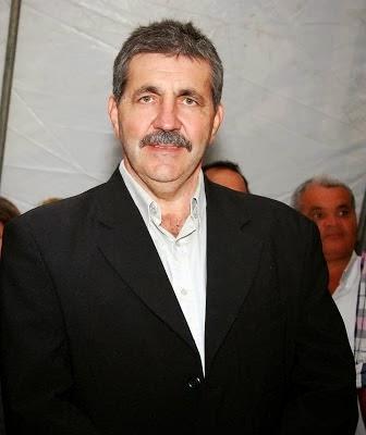 Prefeito Paulo  Fernandes, organizou a administração de Itarantim e vem deslanchando, apesar dos escassos recursos municipais.