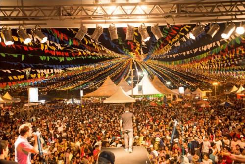 Umas das maiores festas de São João do interior da Bahia pode acabar por ciumeira política.