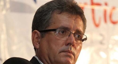 Prefeito Zé Carlos pode perder o mandato por descumprir TAC com o Ministério Público