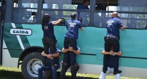 A RELAÇÃO ENTRE A PREFEITURA E A VIAÇÃO PODE VIRAR CASO DE POLÍCIA