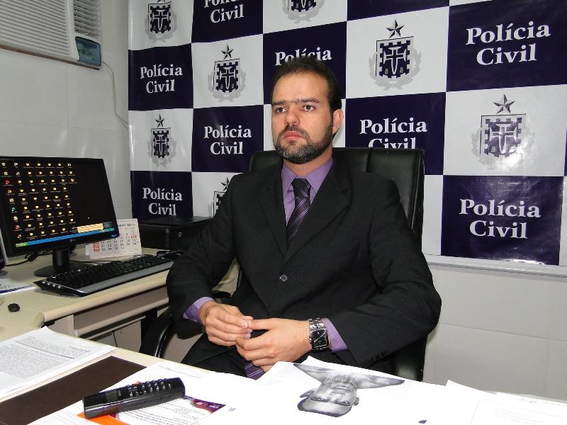 Resultado de imagem para delegado roberto junior itapetinga