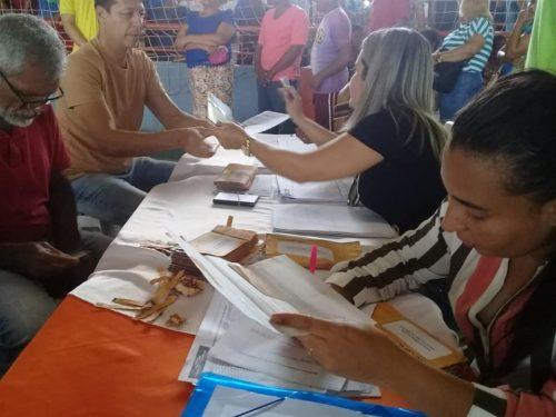 c-4-500x375 ITAPETINGA: PREFEITURA ENTREGA CARTÕES ALIMENTAÇÃO A MAIS DE 1.200 SERVIDORES Região