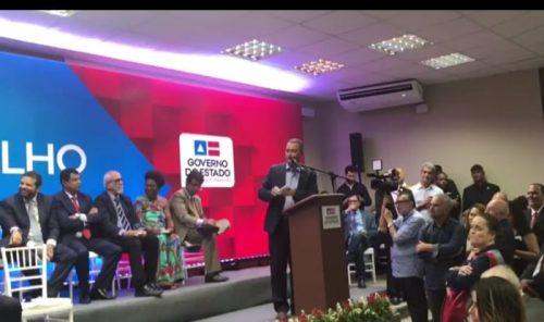 rui-posse-1-500x296 EM EVENTO DE POSSE DE SECRETÁRIOS, RUI COSTA IRONIZA OPORTUNISMO DE ROSEMBERG Politica